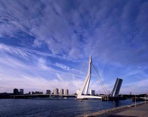 Aan autosloperij Rotterdam uw sloopauto verkopen kan direct.